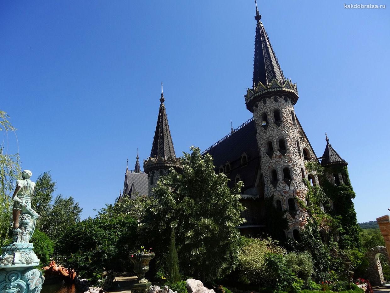 Замок Равадиново достопримечательность рядом с Созополем