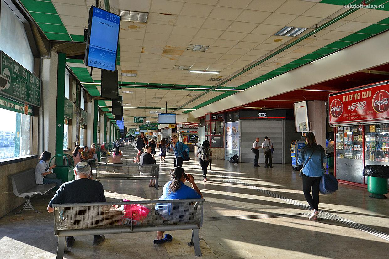 Автовокзал Тель-Авива табло