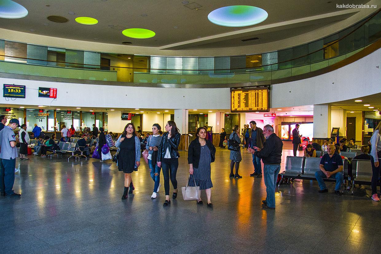 Тбилиси-Пассажирская главная жд станция Тбилиси