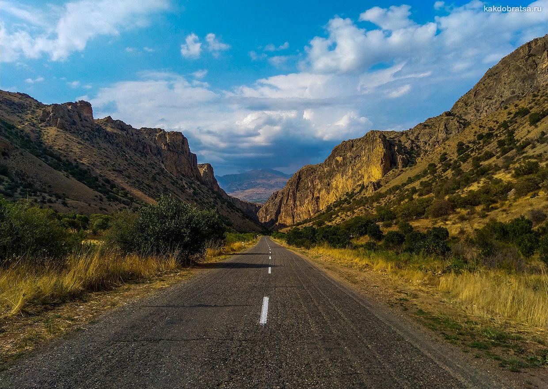 Аренда авто в Армении Гюмри и Ереван