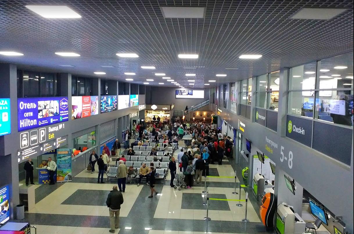 Аэропорт Воронежа где поесть, услуги и терминал