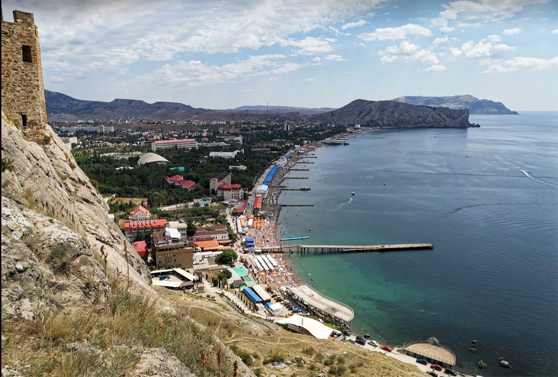 Судак тусовочный курортный город в Крыму
