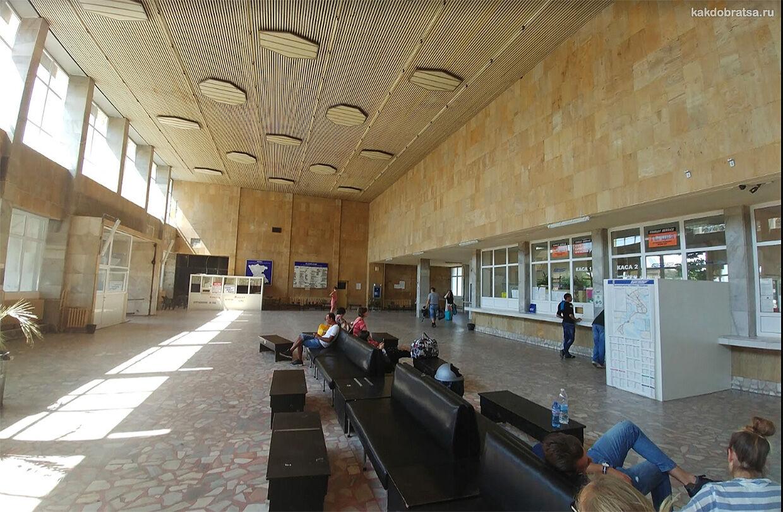 Автовокзал Бургаса Запад