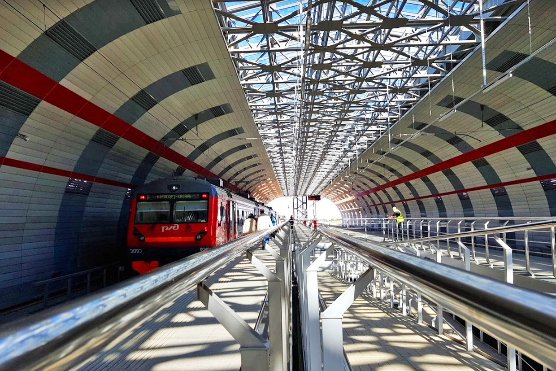 Железнодорожный вокзал в аэропорту Казани