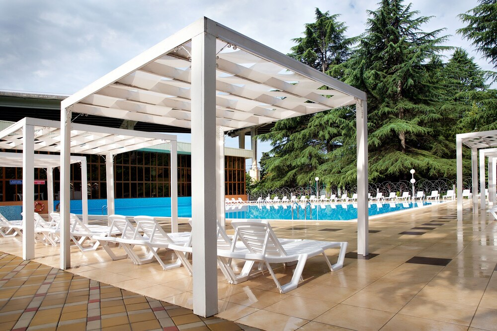 Alean Family Resort & Spa Sputnik отель в Сочи
