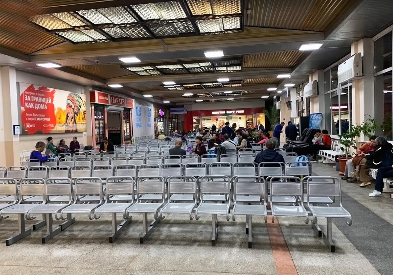 Аэропорт Иркутска услуги, камера хранения, магазины и где поесть