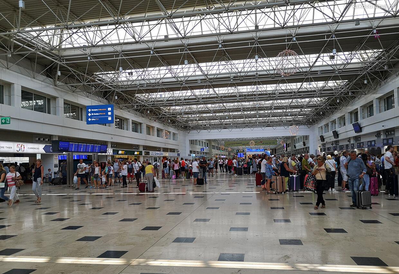 Анталия аэропорт терминал