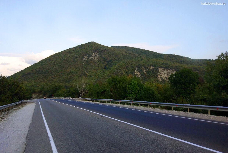 Дорога в Геленджик из Сочи