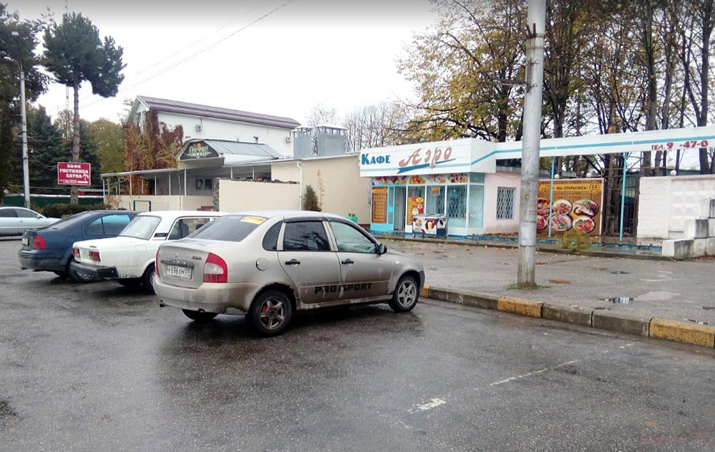 Парковка в аэропорту Нальчика
