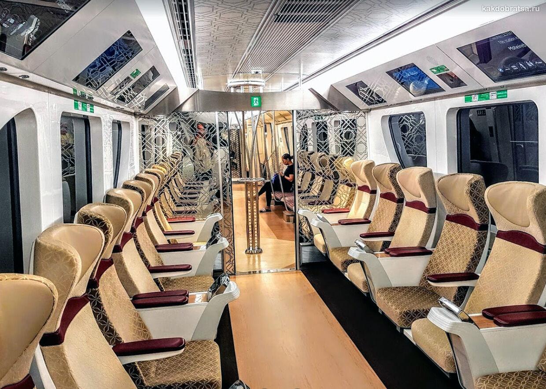 Метро Доха поезд как выглядит вагон
