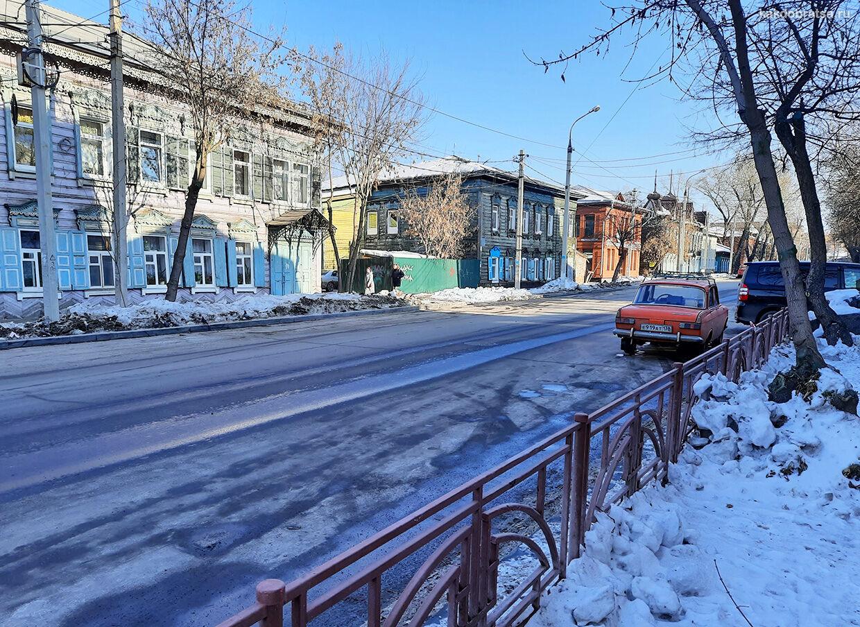 На автомобиле из Иркутска до Листвянки дорога